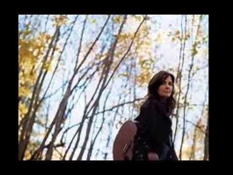 ▶ Lori McKenna Swallows Me Whole http://lorimckenna.com - YouTube