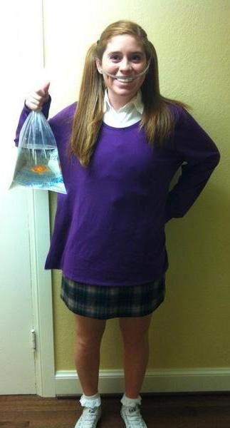 Channel your innner Disney fan by dressing as Darla from Finding Nemo this Halloween