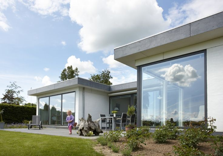 Contemporary composite windows from VELFAC