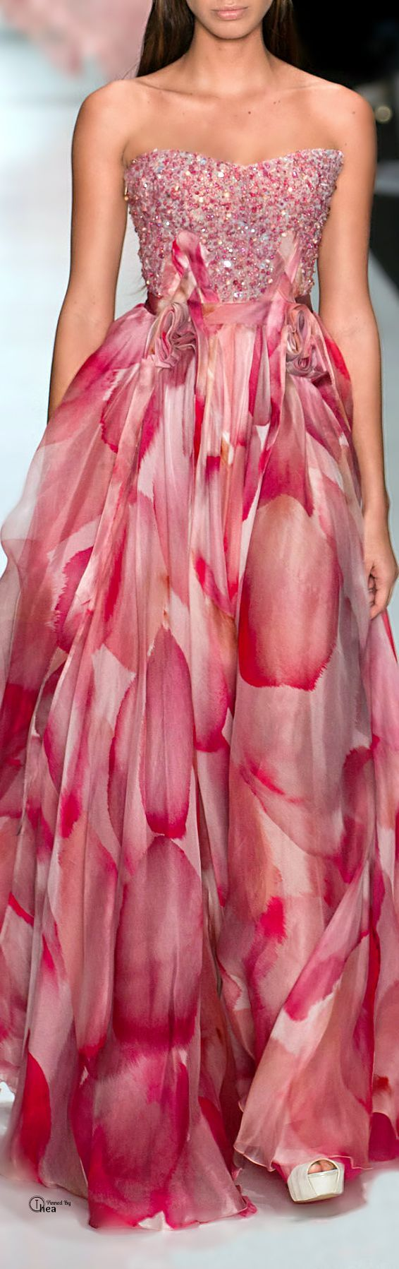 I'm swooning over this amazing pink gown. http://sulia.com/channel/fashion/f/7cf55f31-fbda-4a72-8ad9-1634bf2bd971/?source=pin&action=share&btn=small&form_factor=desktop&pinner=118487941