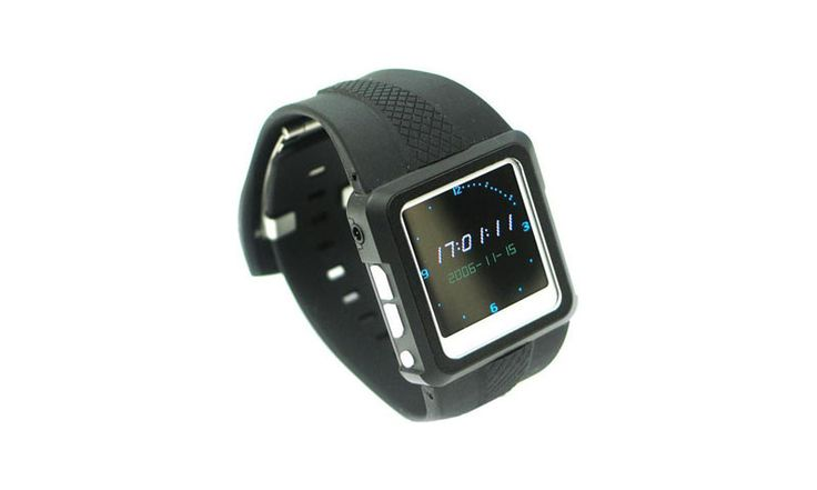 Мультимедиа-часы Thanko MP4 Watch — это устройство, способное заменить вам телефон в плане прослушивания музыки, воспроизведения видеозаписей и просмотра фотографий. Плеер может поддерживать музыку в формате MP3, либо WMA. Установлен 1,5-дюймовый ЖК-экран с разрешением 128 x 128 точек. Батарея держится примерно 7 часов и заряжается с помощью USB-порта.