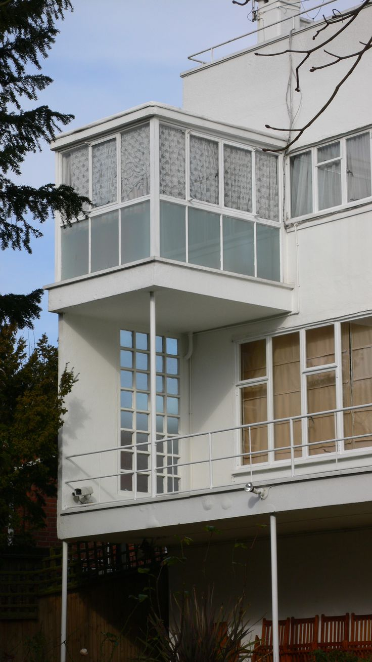 The Sun House, Frognal Way Maxwell Fry