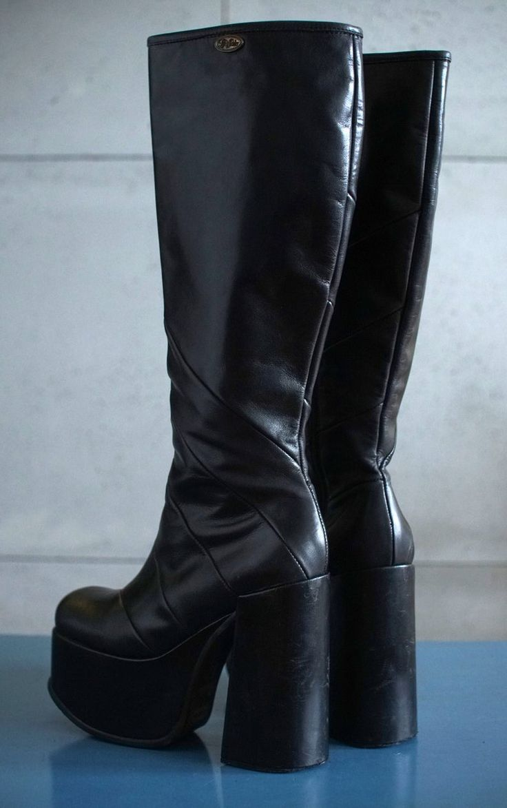 Buffalo t 24400 ii platform boots 90s club kid gothic