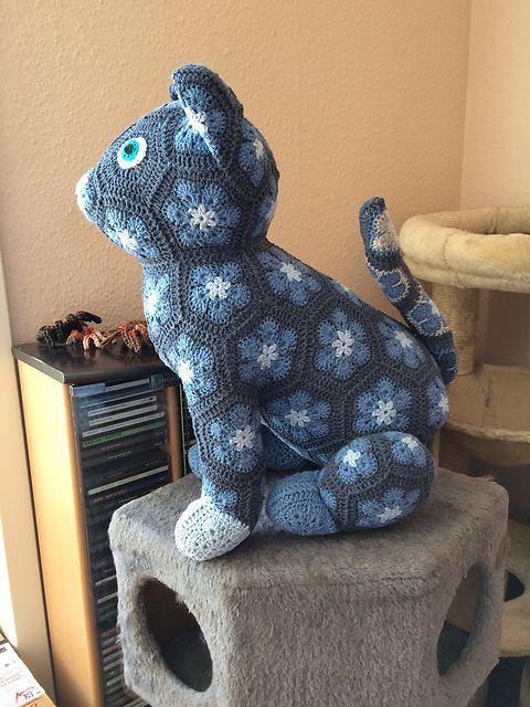 Luna the African Flower Cat pattern by JOs Crocheteria