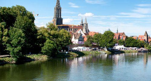 Per trein naar Munster? Boek uw treintickets via onze website! #trein #reizen #stedentrip #Duitsland #Munster #citytrip #travel