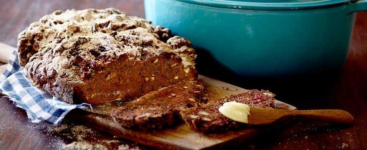 Grydebrød med chokolade, kakao, tørret frugt, og nødder