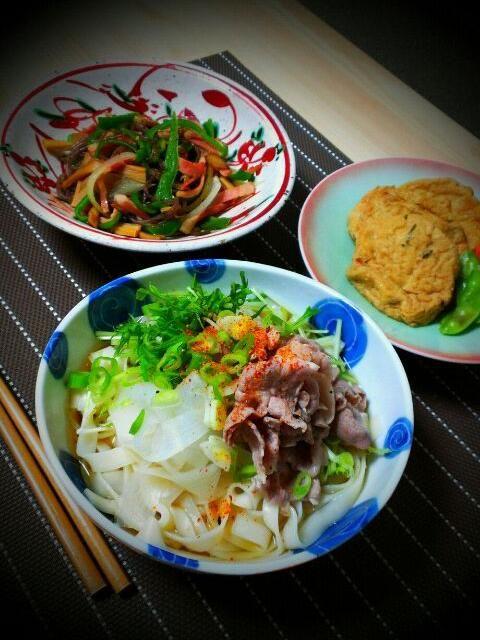 豚肉は塩麹と柚子胡椒で味付けしてあります☆ - 6件のもぐもぐ - 豚肉と水菜.大根のハリハリうどん、がんもどきの含め煮、白滝入り洋風金平 by つっこ