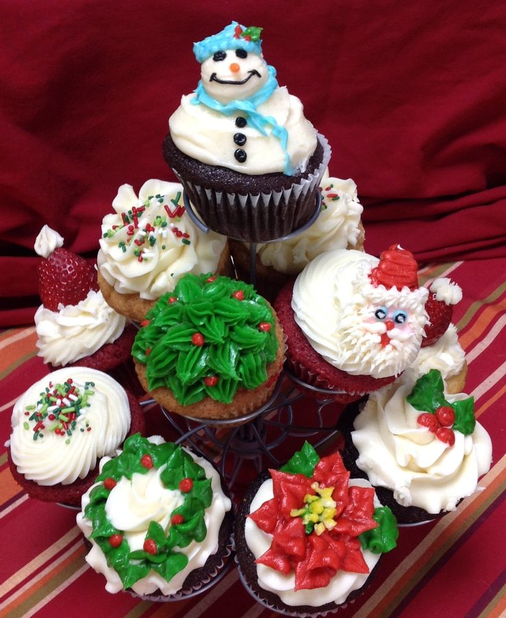 The 12 days of Christmas cupcakes.