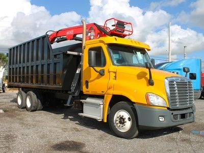 USED 2011 FREIGHTLINER CASCADIA GRAPPLE TRUCK FOR SALE