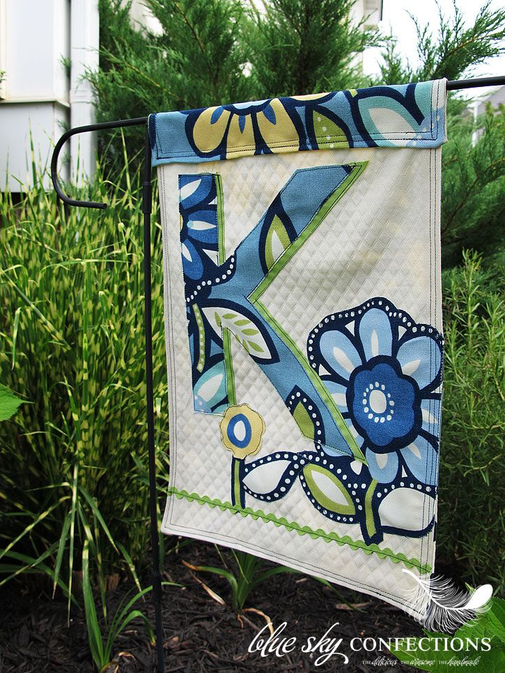 How To Make A Garden Flag | Make A Garden Flag Out Of Your Leftover Fabric