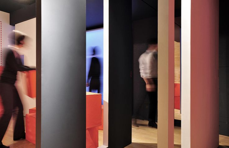 pull.push.slide.pivot.lift.turn, an exibition by Dubbeldam Design Architects. More at No Mean City: http://www.nomeancity.net/?p=1086
