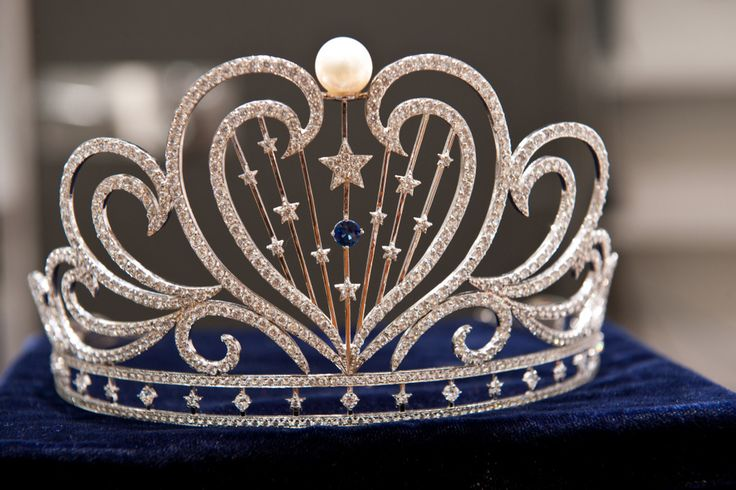 Future beauty pageant crowns   The Official Miss California USA 2011 Crown Designed by Peter Young ...There is a new one every  year waiting for a beautiful, focused young lady full of ambition.