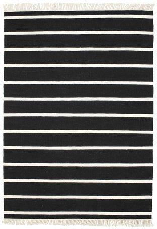 Dywan Stripe Black&White, tkany ręcznie, grubość ok 5mm, wełna. Wymiary: 160*230 Cena: 1099 zł nordicdecoration.com