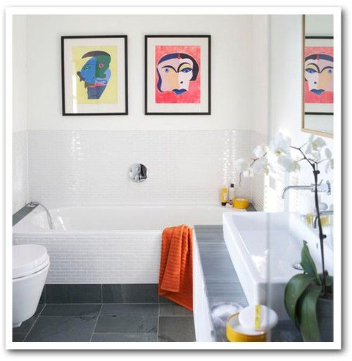 stor ho: House Tours, Small Bathroom Design, Bathroom Inspiration, Nice Bathroom, Floors Tile, Subway Tile, Bathroom Ideas, White Bathroom, White Wall
