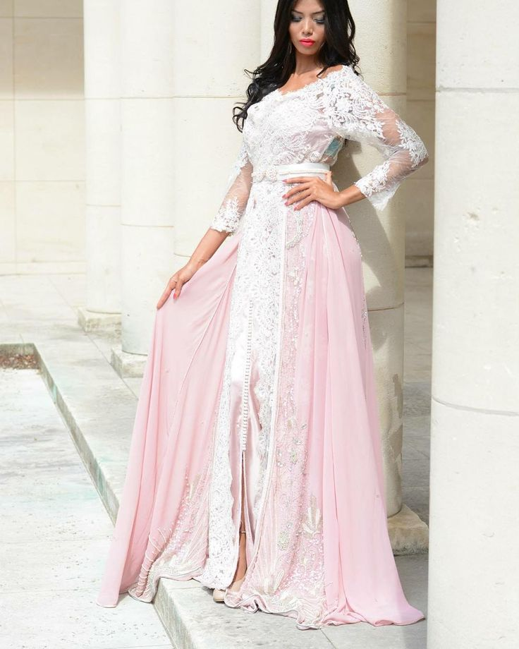 « Pink perfect #love #wedding #caftan #kaftan #takchita #takshita #classy #classic #fes #maroc #morocco #dress #uae #casablanca #sfs #follow #algerie #tunis… »