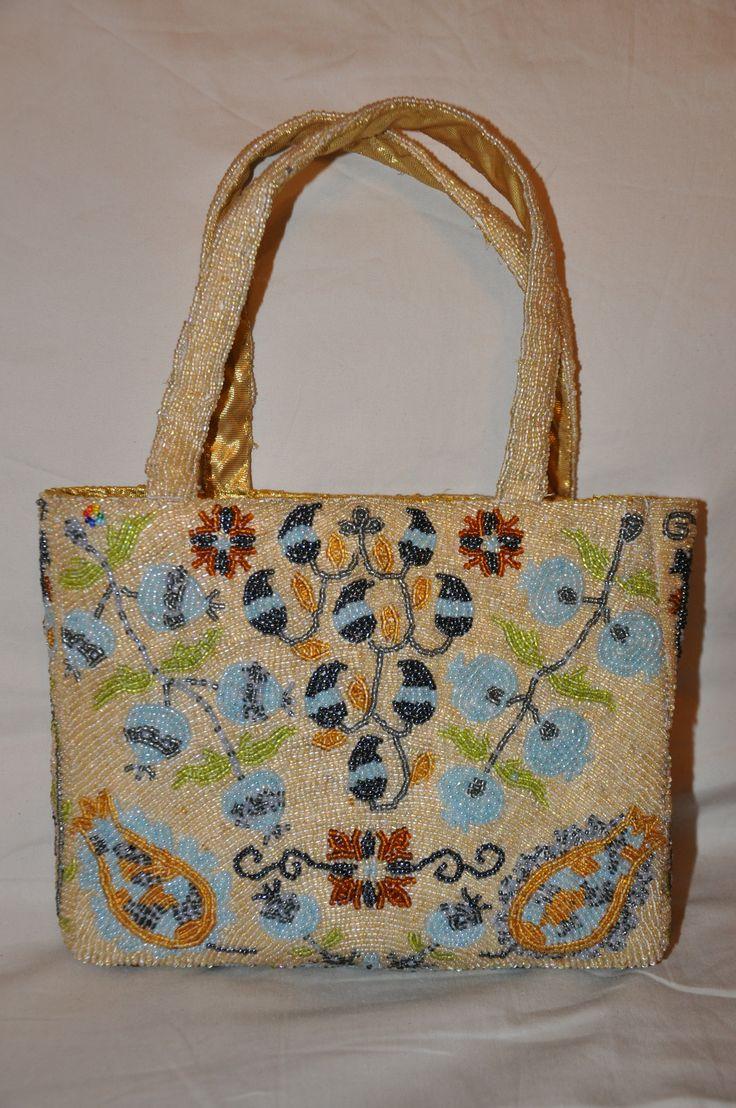 вышивка бисером Голубой гранат,   задняя сторона сумочки, beaded, bead bag