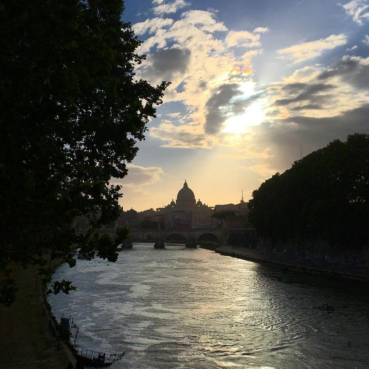 #URBAGRAMMA #14 Prima o poi smetto. #Roma #CittaEterna #SanPietro #Rome