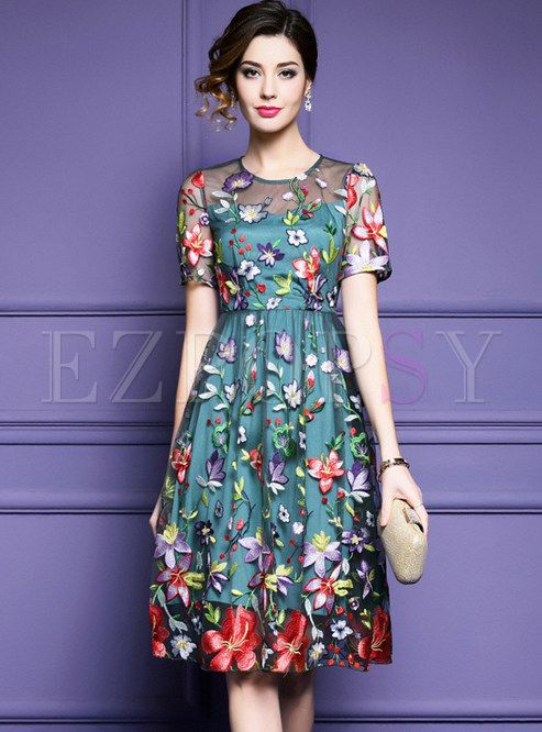 8674a63e1c5 Green Mesh Embroidered Short Sleeve A-line Dress in 2019   My Style ...
