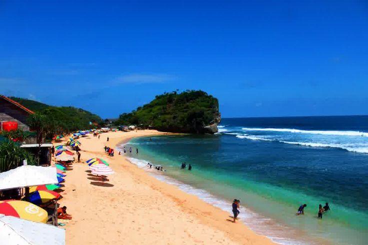 Keelokan Pantai Indrayanti Gunung Kidul, Jogja Rasa Bali | PiknikDong