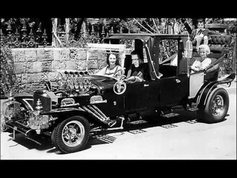 The Munsters Theme by The Black Knights You - Tube