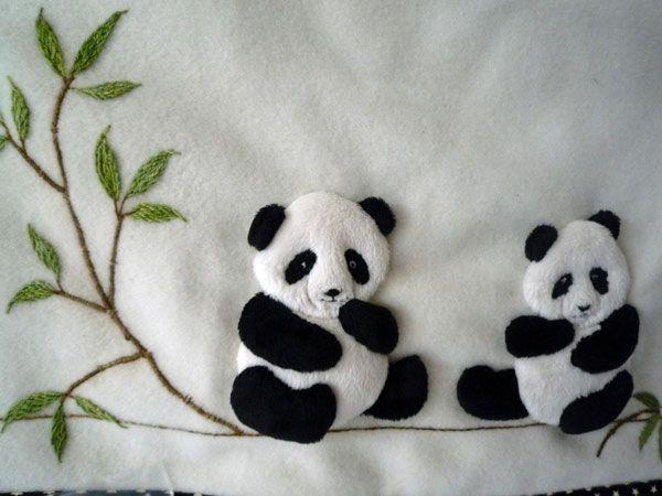 Pandas Applique Kit (copyright Jan Kerton) available from Australian Needle Arts. To view the full range please visit http://www.australianneedlearts.com.au/applique-blankets-jan-kerton