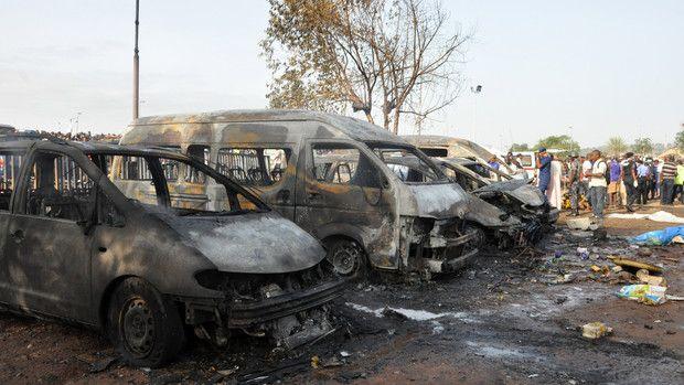 Worst Attack in Nigeria Capital Kills 72 in Rush Hour - Bloomberg