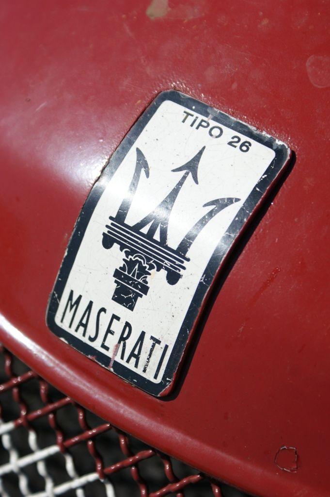 maserati logo badge emblem maserati logolar