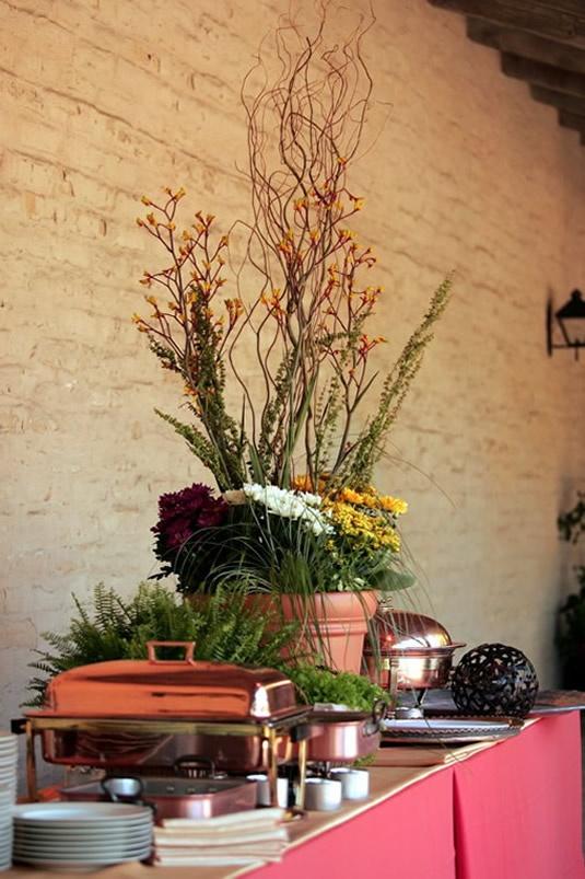 Buffet Table Flower Arrangement Buffet Table Deco Table