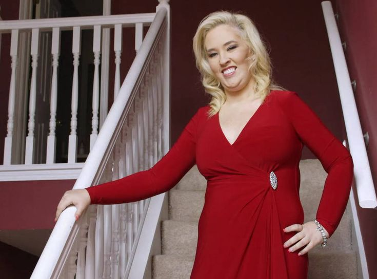 "Mama June Says ""Hell No"" to Getting More Plastic Surgery  http://www.eonline.com/news/916025/mama-june-says-hell-no-to-getting-more-plastic-surgery"