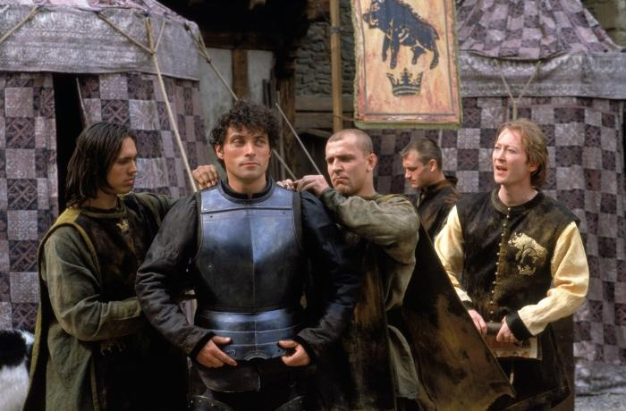 A KNIGHTS TALE, Rufus Sewell (second from left), 2001. ©Columbia Pictures