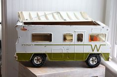 Made by Tonka in 1974, this vintage metal RV is the Indian Winnebago and so 70's. Made from pressed steel on the outside and hard plastic sides and accents. This is a Large vehicle. Overall vehicle ha