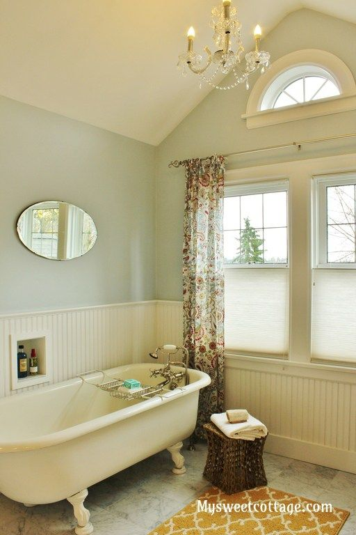 9-Dormer-window-bathroom-1920s-cottage-authentic-remodel-with-claw-foot-tub-My-Sweet-Cottage-featured-on-@Remodelaholic.jpg (512×768)