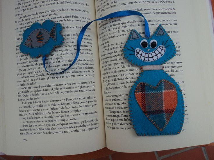 marcapaginas gato hecho de fieltro   para amantes de lectura y de gatos   un bonito detalle para regalar o para tus lecturas
