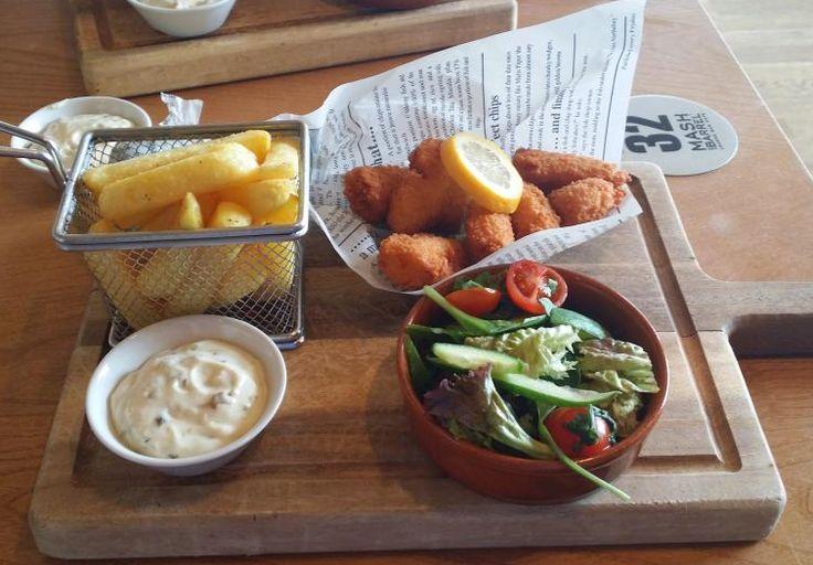 Scampi and chips #mashandbarrel #presthavensands