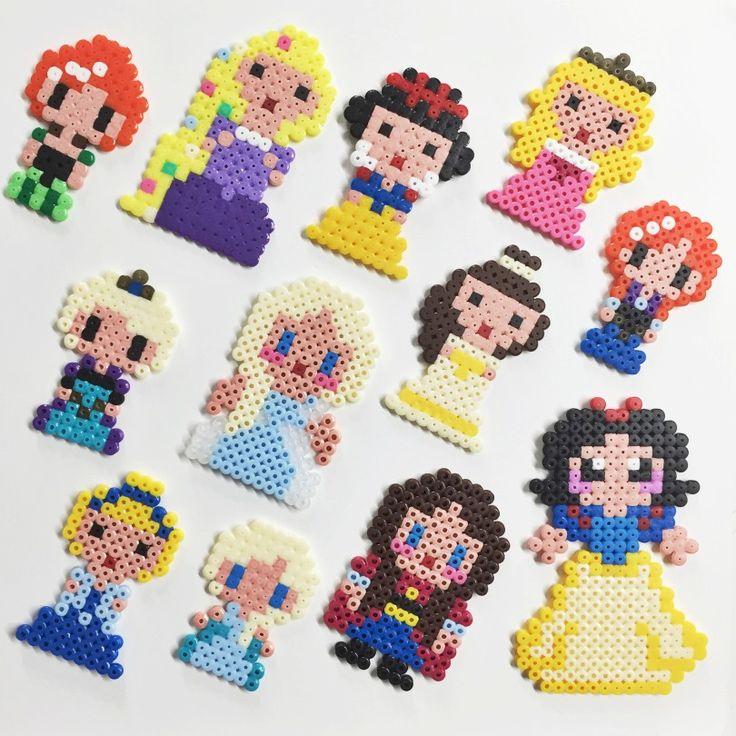 Pärlplattor-disney-prinsessor-Rapunzel, Askungen, Snövit, Belle från Skönheten och Odjuret, Elsa och Anna från Frost.