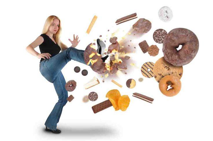La adicción al azúcar resulta dañina para la salud, ya que el consumo frecuente produce enfermedades como la diabetes. De acuerdo a un estudio de Food Chemistry, el antojo de azúcar es tan adictivo como al consumo de drogas, ya que el cerebro produce dopamina que genera una sensación de bienestar. Nutricion Ortomolecular te sugiere ...
