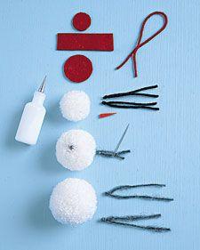 How to make a pom-pom snowman ornament.