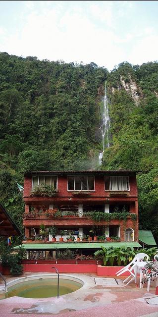 P5241943 Pano Colombia eje cafetero Santa Rosa de Cabal Hotel Termas de Cabal by Vagamundos.net/Carlos Olmo, via Flickr