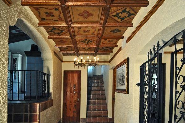 Styropor Deckenplatten Originelle Und Erschwingliche Ideen Fur Die Deckengestaltung Deckenarchitektur Deckengestaltung Architektur
