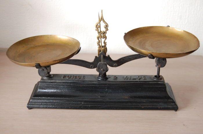 Online veilinghuis Catawiki  Oude weegschaal   Forge   Gietijzer  u0026 messing   Ca  1930