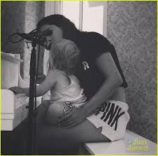 selena gomez adidas neo 2014 singing with her little sister