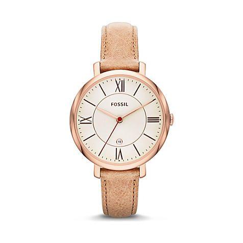 Das zarte Lederband im Vintage-Look lässt selbst das doch eher reduziert designte, cremefarbene Zifferblatt im roséfarbenen Edelstahl-Rahmen exzellent zur Geltung kommen! #Fossil #Rosegold #Uhr #Watch #JuwelierChrist