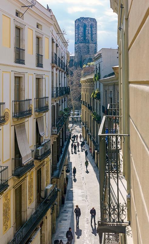 Carrer del Pi, Barcelona #h10 #h10hotels #h10racodelpi #hotelbarcelona
