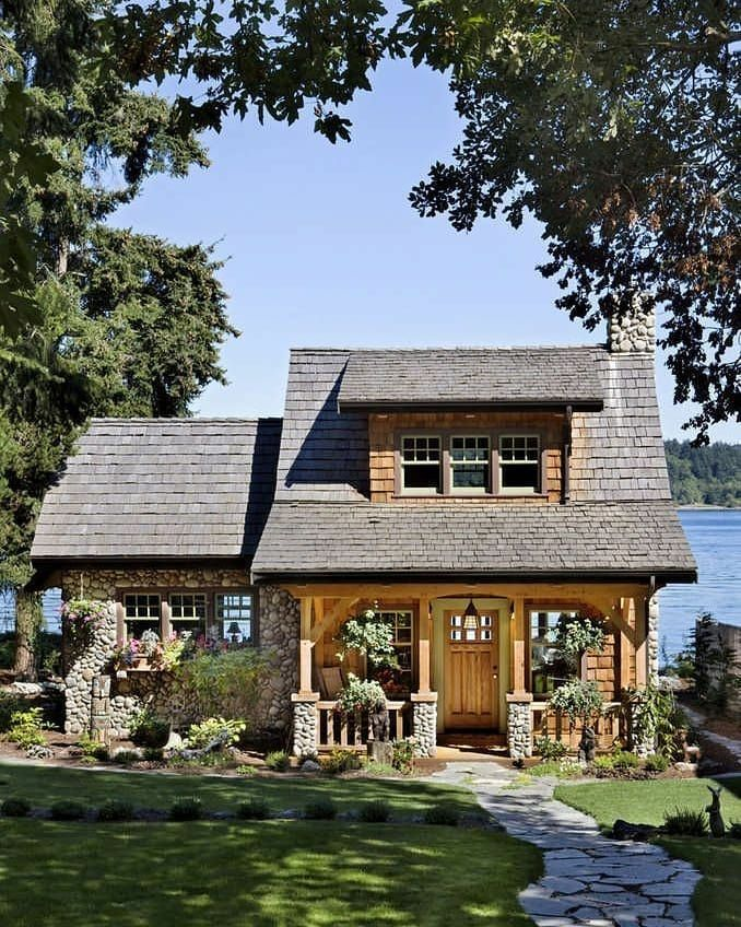 Gardenpasionista On Instagram A Pacific Coast Cottage Smart Cabin Design April 2020 In 2020 Small Cottage House Plans Best Tiny House House Designs Exterior