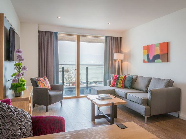 Watch the world go by whilst relaxing on your balcony with beautiful views of the River Slaney and Wexford town.