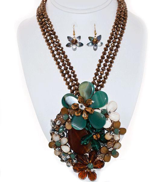 http://kareliafj.tictail.com/product/flower-pendant-necklace-earring-set