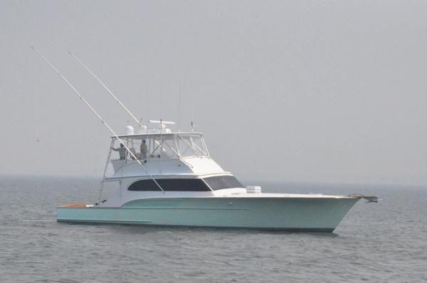 HMY Yacht Details - 61' Buddy Davis Convertible Sportfish