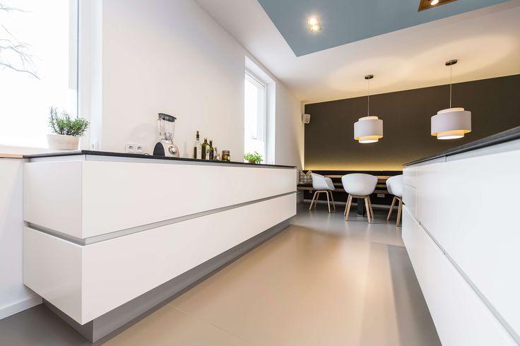 Skandinavisches Design: Moderne Wohnküche Im Alten Weinmeisterhaus |  Potsdam And Design