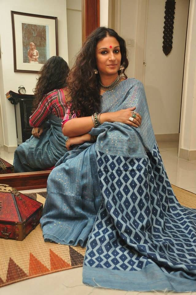 And this is Dithi Mukherjee, a painter whose face Sarah Jessica Parker has stolen.
