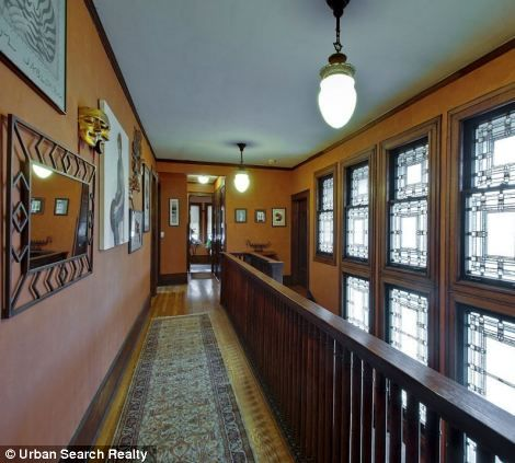 Own A Piece Of The American Dream Stunning Frank Lloyd Wright House Goes On Market For 25million Hyde ParkFrank